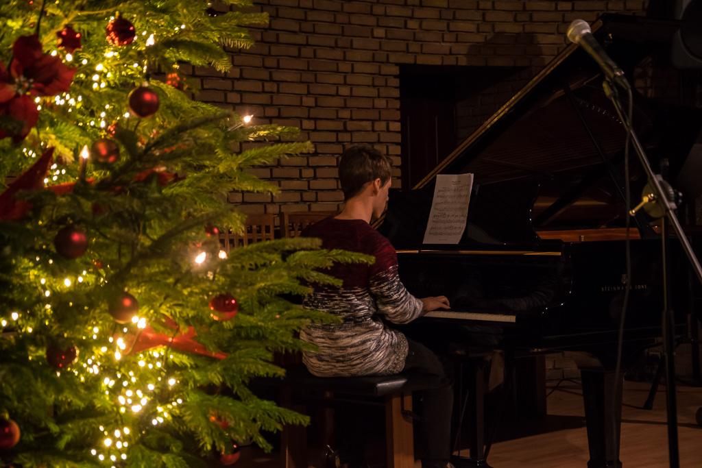Weihnachtsvorspiel 2
